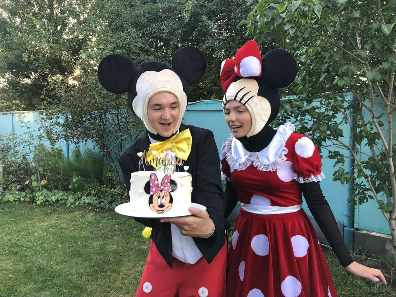 Тематический торт на детский день рождения в стиле «Минни и Микки Маус»