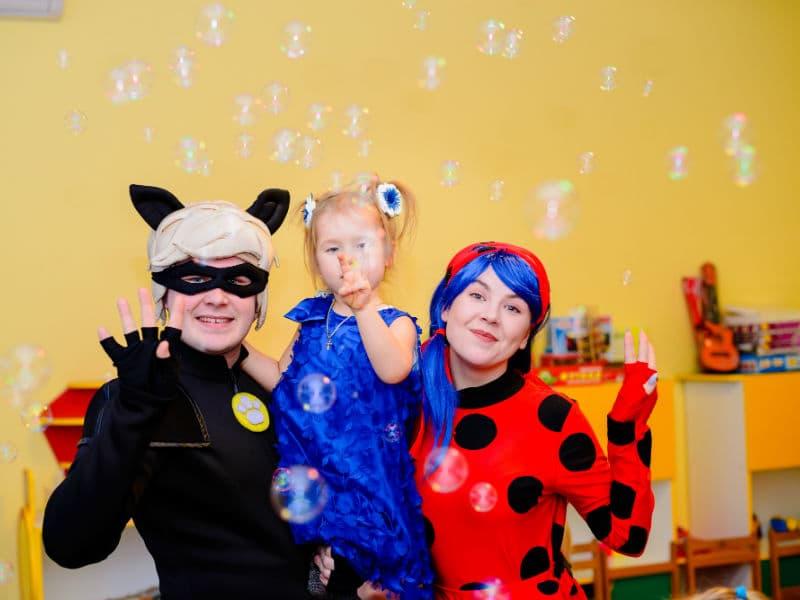 Отпраздновать Детский день рождения с Леди Баг и Супер Котом