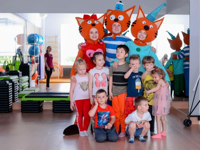 Карамелька, Коржик и Кампот на День рождении Егора